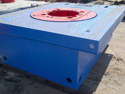 Rotary Table for Sale by Kousn